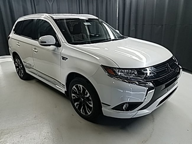 New  2018 Mitsubishi Outlander PHEV SEL CUV for Sale in Toledo