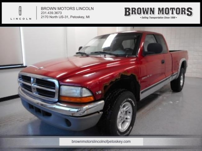 1999 Dodge Dakota Club Cab 131 WB 4WD SLT Extended Cab Pickup