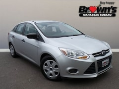 2014 Ford Focus S Sedan 6-Speed Automatic with Powershift