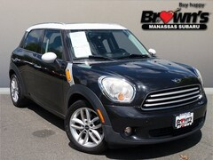 2011 MINI Cooper Countryman Base SUV Getrag 6-Speed Manual with Overdrive