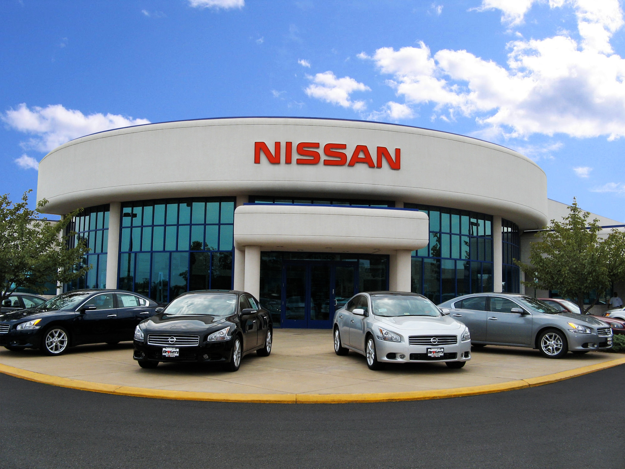 At Brownu0027s Dulles Nissan ...