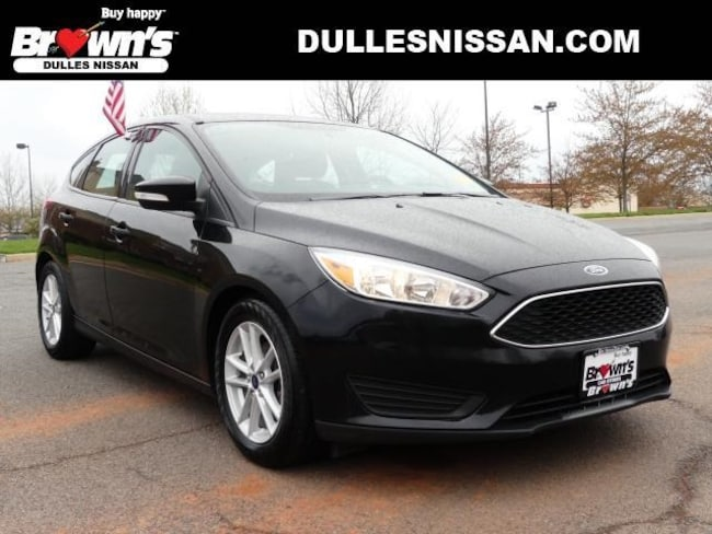 2017 Ford Focus SE Hatchback 4-Cylinder DGI DOHC 2L 6-Speed Automatic with Powershift P7704 Dulles & Sterling