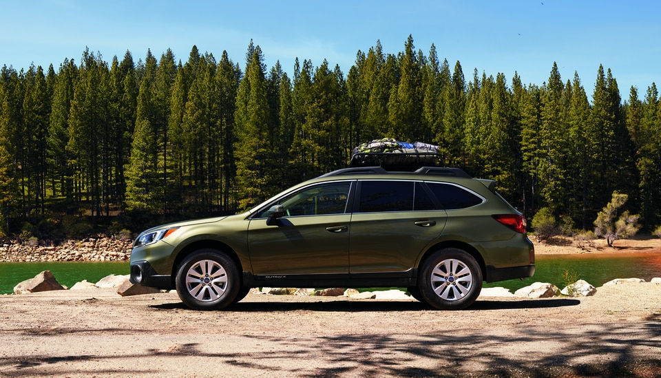 Compare the Subaru Outback to the Ford Edge and Honda CR-V | Brown Subaru