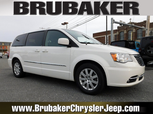 2012 Chrysler Town & Country Touring Wagon