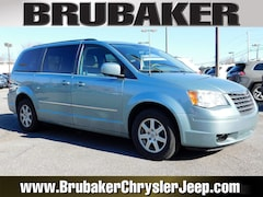 2010 Chrysler Town & Country Touring Wagon