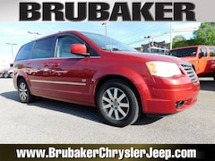 Buy a 2009 Chrysler Town & Country Touring Wagon in Lancaster