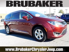 Buy a 2017 Chrysler Pacifica in Lancaster