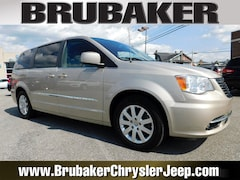 Buy a used 2013 Chrysler Town & Country in Lancaster