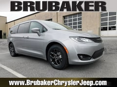 Buy a 2019 Chrysler Pacifica TOURING L Passenger Van in Lancaster