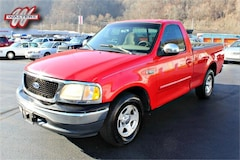 2000 Ford F-150 Work Series 4x2 Regular Cab 138.5 in WB Truck