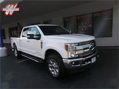 2019 Ford F-250 Lariat Crew Cab 6.75 ft. Box 4WD 160 in. WB Truck
