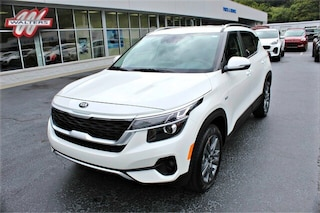 New 2021 Kia Seltos S SUV KNDEUCAA2M7118468 KT1719 for sale in Pikeville KY