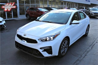 New Kia 2020 Kia Forte EX Sedan 3KPF54AD5LE207354 K1119 for sale in Pikeville KY