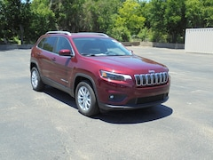 New 2019 Jeep Cherokee LATITUDE FWD Sport Utility 1C4PJLCB2KD428559 For Sale in Stephenville