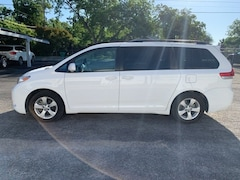 Bargain Used 2011 Toyota Sienna under $15,000 for Sale in Stephenville, TX