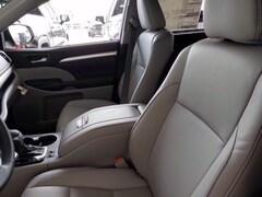 Used 2019 Toyota Highlander XLE V6 SUV in Early, TX