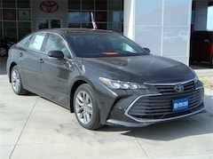 2020 Toyota Avalon XLE Sedan