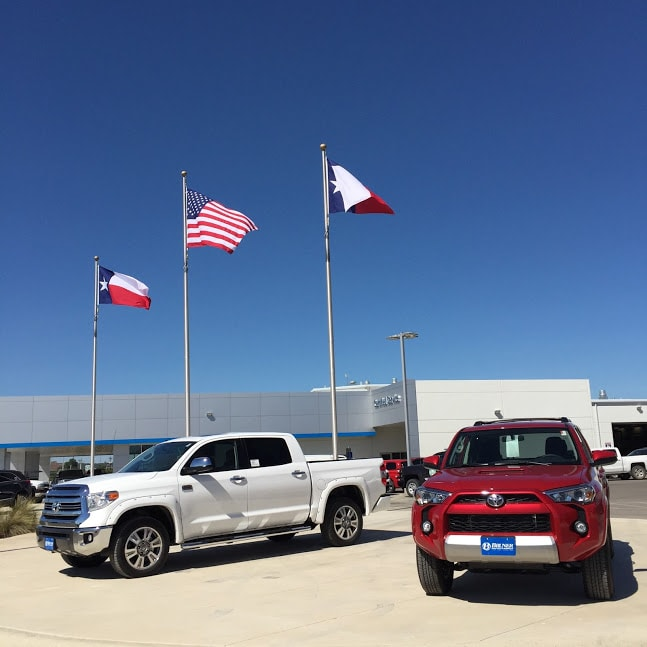 trucks on the lot at Bruner Toyota