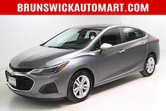 2019 Chevrolet Cruze 4dr Sdn LT Sedan 1G1BE5SM6K7102963 for sale in Medina, OH at Brunswick Mazda