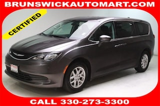Used 2017 Chrysler Pacifica LX Van 2C4RC1CG6HR598111 C180475A in Brunswick, OH