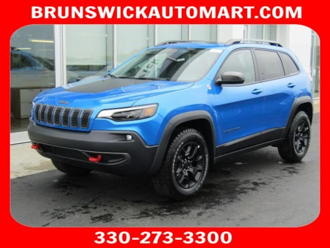 New 2019 Jeep Cherokee TRAILHAWK 4X4 Sport Utility for sale in the Brunswick, OH