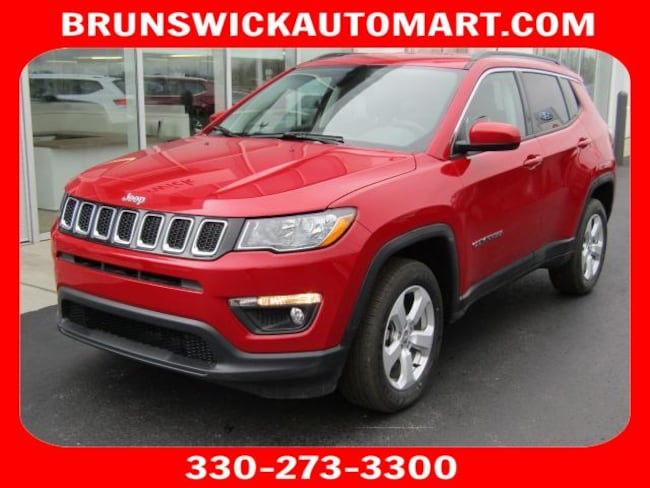 New 2018 Jeep Compass LATITUDE 4X4 Sport Utility for sale in the Brunswick, OH