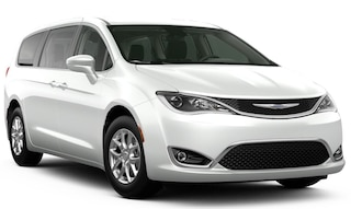 New 2020 Chrysler Pacifica TOURING Passenger Van for sale near you in Brunswick, OH