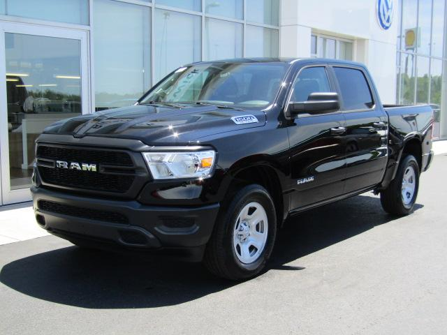 Featured New 2019 Ram 1500 TRADESMAN CREW CAB 4X4 5'7 BOX Crew Cab for sale near you in Brunswick, OH