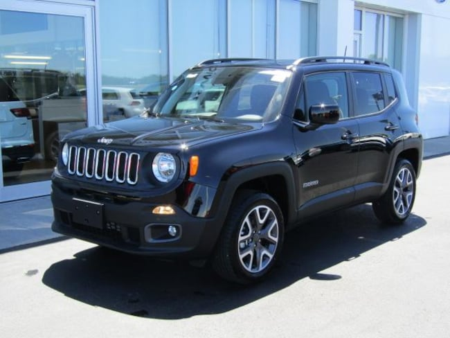 New 2018 Jeep Renegade LATITUDE 4X4 Sport Utility for sale in the Brunswick, OH