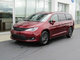 New 2019 Chrysler Pacifica TOURING L PLUS Passenger Van C190052 for sale near you in Brunswick, OH