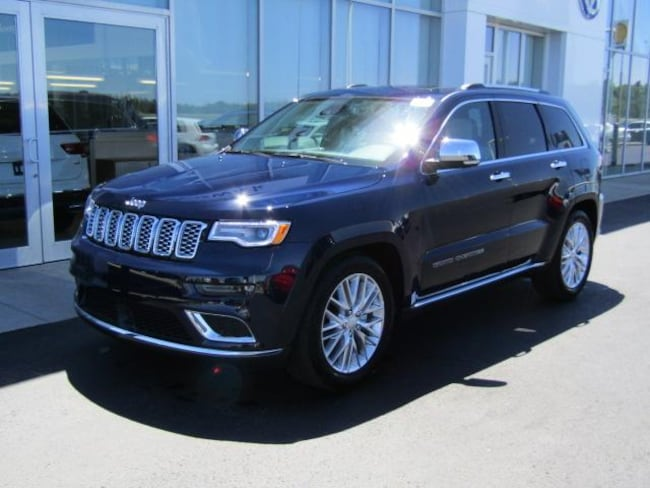 New 2018 Jeep Grand Cherokee SUMMIT 4X4 Sport Utility for sale in the Brunswick, OH