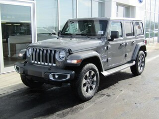 New 2018 Jeep Wrangler UNLIMITED SAHARA 4X4 Sport Utility J182389 for sale near you in Brunswick, OH
