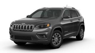 New 2019 Jeep Cherokee LATITUDE PLUS 4X4 Sport Utility J190344 in Brunswick, OH