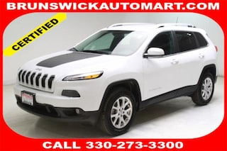 Used 2017 Jeep Cherokee Latitude 4x4 SUV 1C4PJMCB6HW618643 D191018A in Brunswick, OH
