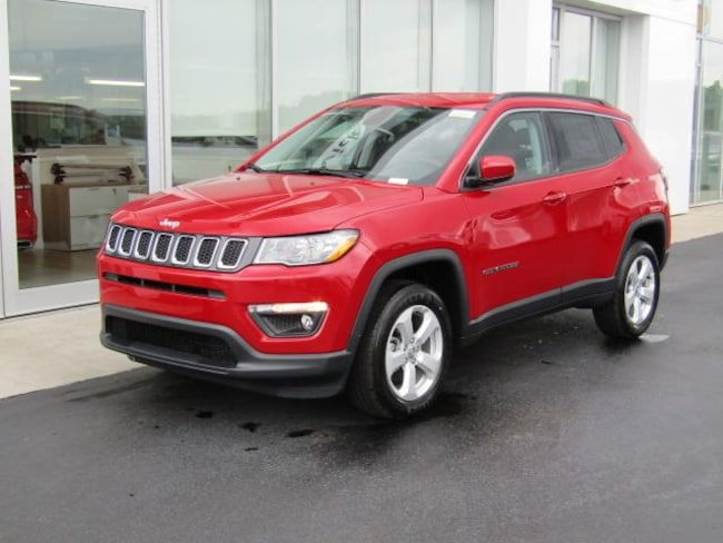 New 2019 Jeep Compass LATITUDE 4X4 Sport Utility for sale in the Brunswick, OH