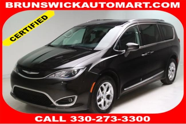 2017 Chrysler Pacifica Touring-L Plus Van for sale in Medina, OH at Brunswick Mazda