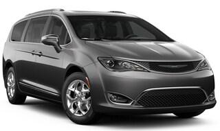 New 2019 Chrysler Pacifica LIMITED Passenger Van C190061 in Brunswick, OH