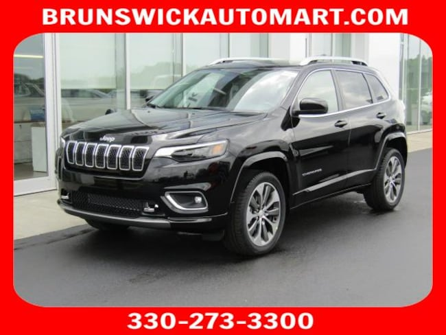New 2019 Jeep Cherokee OVERLAND 4X4 Sport Utility for sale in the Brunswick, OH