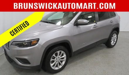 Featured Pre-Owned 2020 Jeep Cherokee Latitude SUV for sale near you in Brunswick, OH