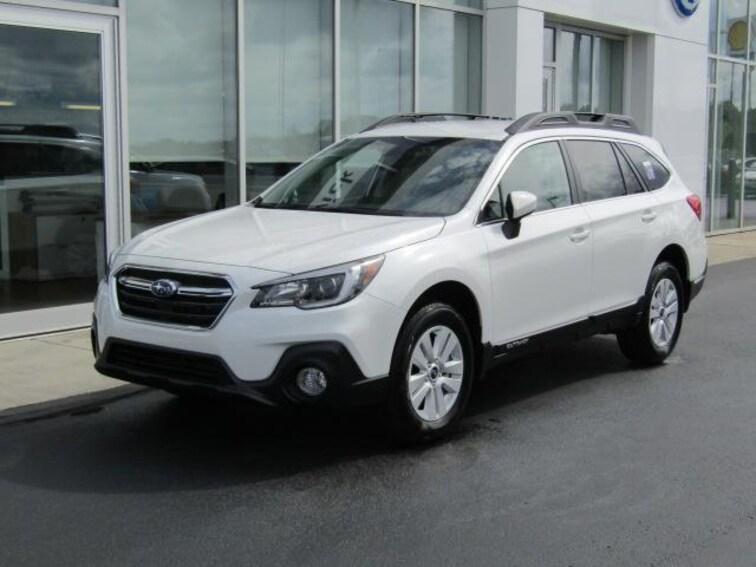 New 2019 Subaru Outback 2.5i Premium SUV near Cleveland, Ohio, in Brunswick