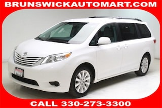 Used 2015 Toyota Sienna LE Van 5TDJK3DC7FS122123 T190410A in Brunswick, OH