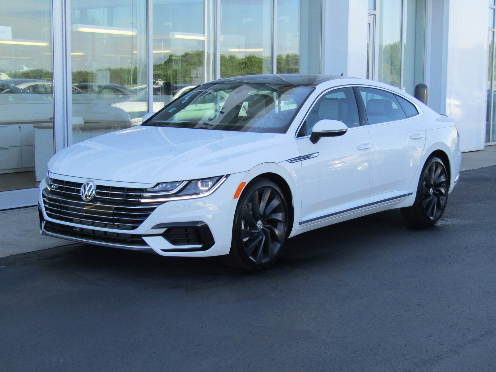 New 2020 Volkswagen Arteon 2 0t Sel R Line 4motion For Sale In Brunswick Oh Near Cleveland Akron Parma Oh Vin Wvwsr7an5le012539