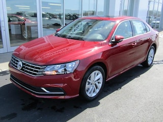 New 2018 Volkswagen Passat 2.0T SE Sedan VW180940 in Brunswick, OH