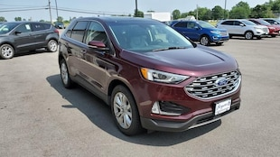 2019 Ford Edge Titanium Ford  SUV All-Wheel Drive with Locking and L