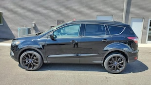 2017 Ford Escape SE Ford  SUV Four-Wheel Drive with Locking and
