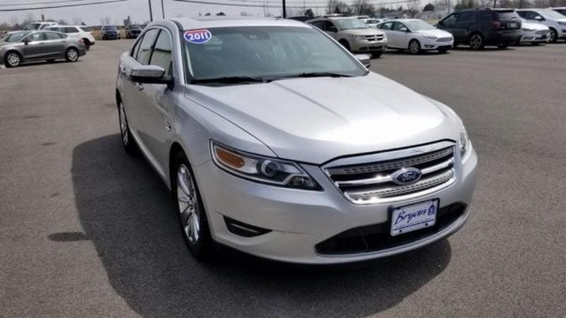 Used 2011 Ford Taurus Limited Ford  Sedan Front-Wheel Drive for sale in Bryan, OH