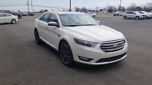 2017 Ford Taurus SEL FORD  SEDAN ALL-WHEEL DRIVE WITH LOCKING AND