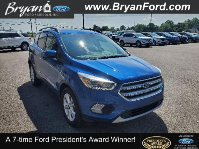 2017 Ford Escape SE Ford  SUV Front-Wheel Drive with Limited-Sli