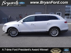 Used 2016 Lincoln MKT Ecoboost Lincoln  SUV All-Wheel Drive with Locking Di