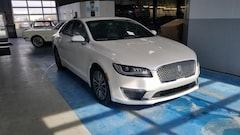 Used 2017 Lincoln MKZ Select Lincoln  Sedan Front-Wheel Drive